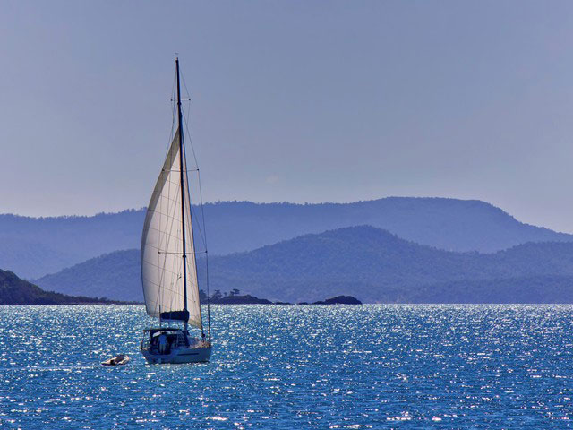 Sailing in the Whitsunday islands, Queensland, Australia